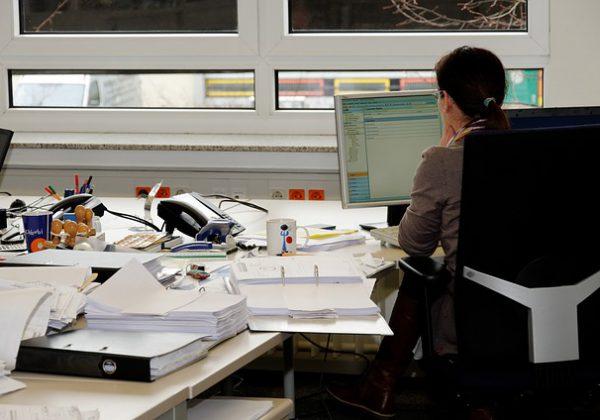 מזכירה וירטואלית: שירותי מזכירות במיקור חוץ שישדרגו את ניהול העסק שלכם